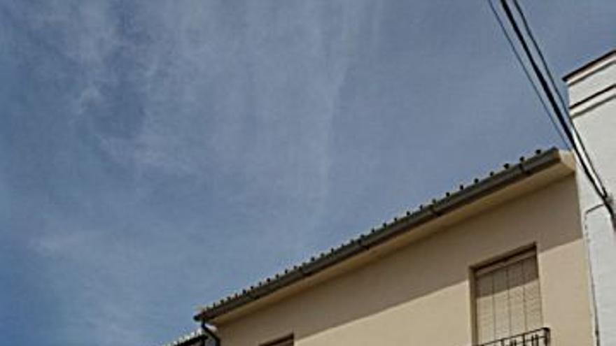 49.999 € Venta de casa en Campillos 120 m2, 2 habitaciones, 1 baño, 417 €/m2...