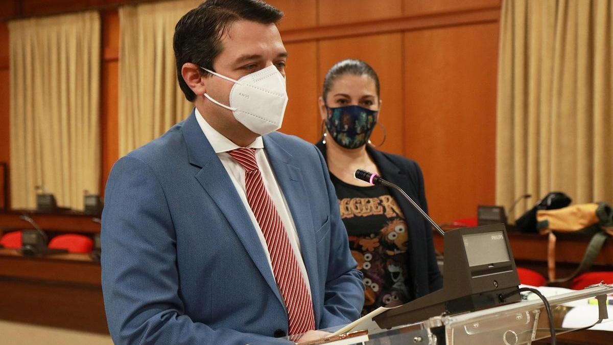 El alcalde pide la colaboración de todos los cordobeses para no llegar al colapso sanitario