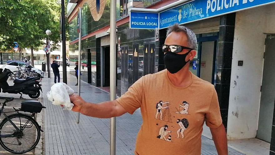 Un socorrista en ERTE encuentra una bolsa con 2.000 euros en Can Pastilla y la entrega a la Policía