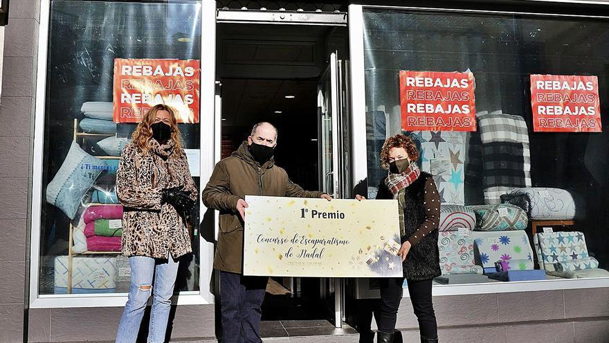 DekoKasa gana el concurso de escaparatismo de Culleredo