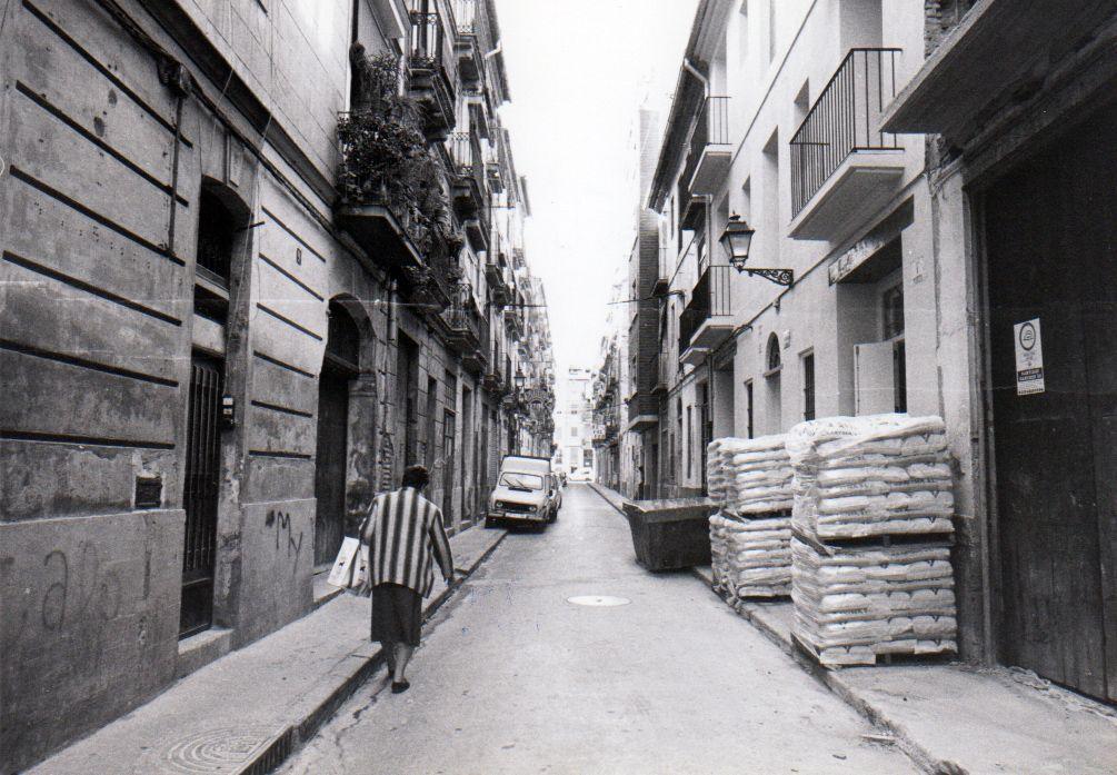 Un paseo por Ciutat Vella de finales de los años 80