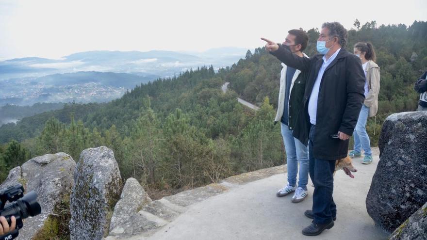 El Concello destinará 120.000 euros al mantenimiento de los parques forestales