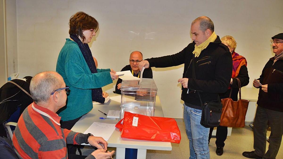 Mesa electoral de Berga en els últims comicis catalans