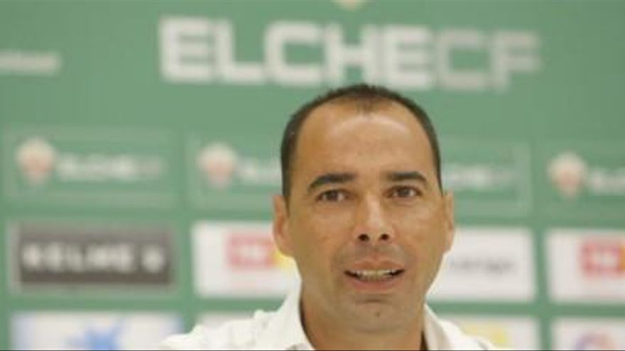 El Elche, molesto con el Real Murcia