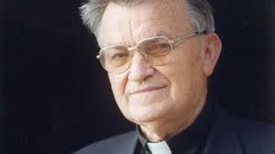 Don Juan Ramírez, entre la Teología y la UD Las Palmas