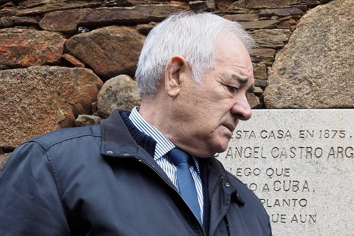 Eladio Capón