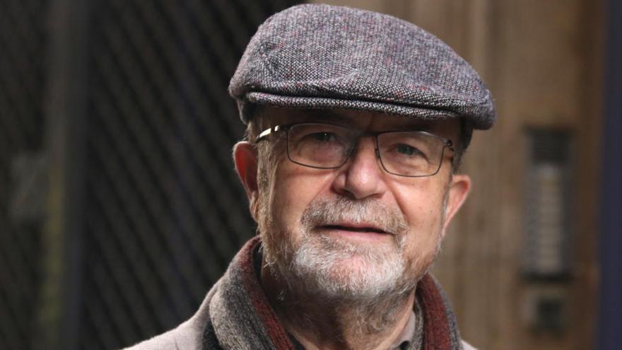 Luis Cabrera novel·la la seva vida i l'experiència d'emigrar de Jaén a Barcelona a «La vida no regalada»