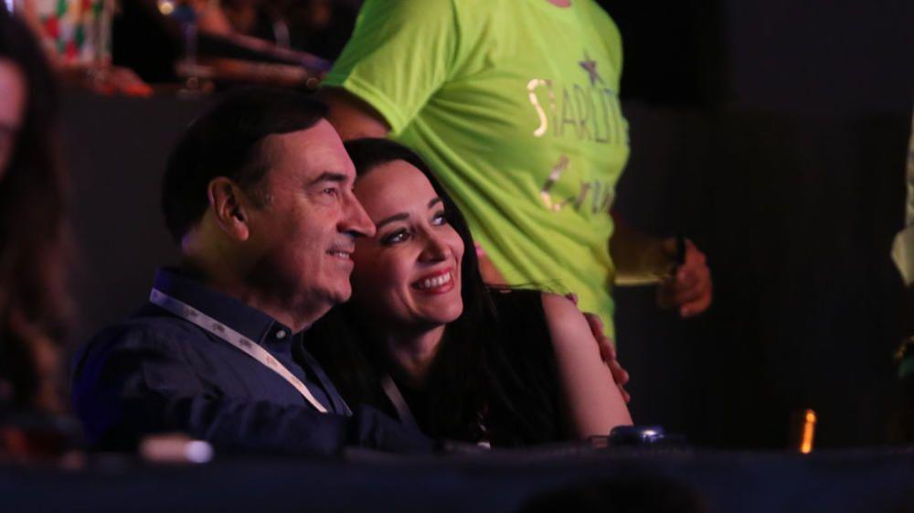 Natalia Verbeke, Manolo Santana, Pedro J. Ramírez... mucho famoseo y caras conocidas en la Cantera de Nagüeles para el concierto de Raphael en Starlite Festival