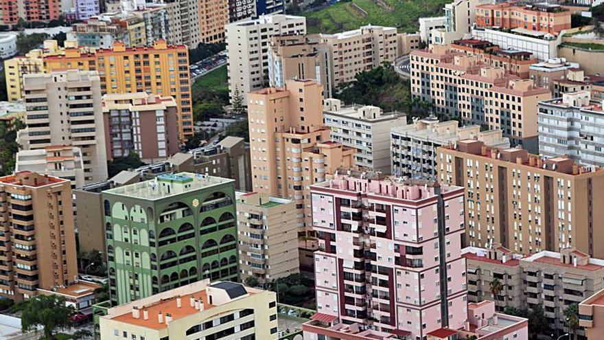 El Ayuntamiento de Santa Cruz aprueba 256.000 euros para rehabilitar fachadas
