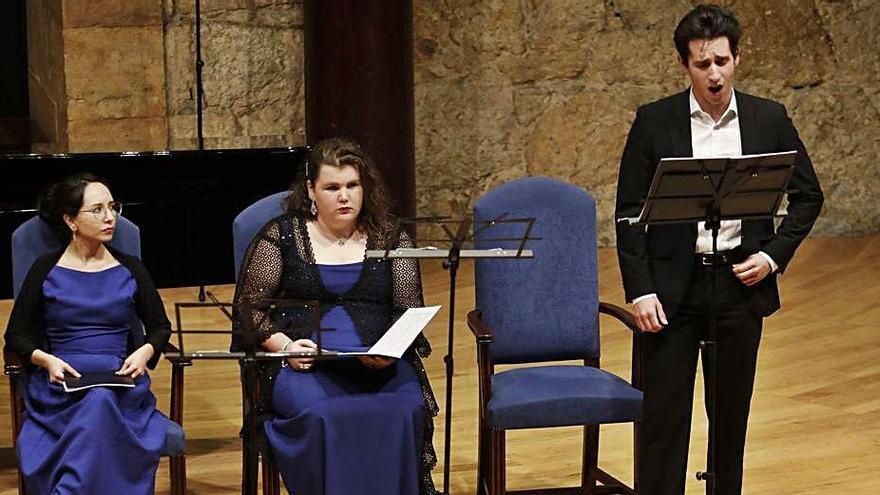 Janeth Zúñiga, María Heres y Adrián Ribeiro, en un concierto en el Auditorio. Luisma Murias