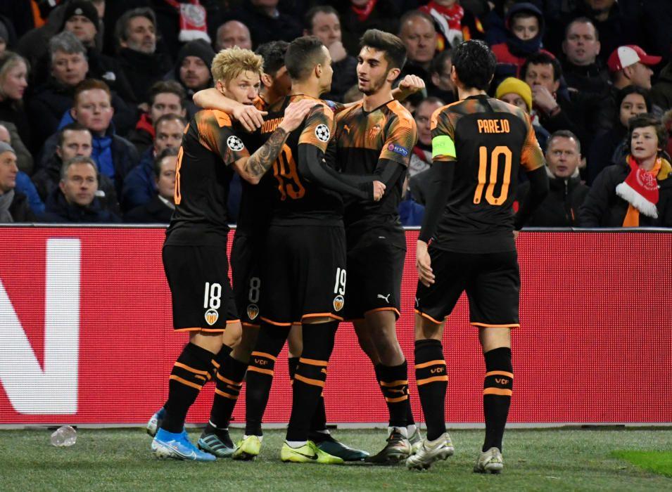 Champions League - Group H - Ajax Amsterdam v ...