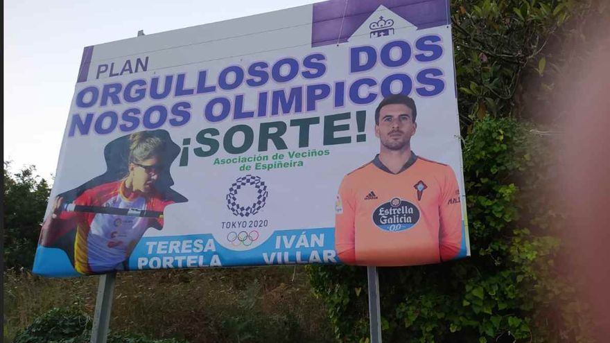 Pancarta de vecinos de Espiñeira en apoyo a los olímpicos Teresa Portela e Iván Villar