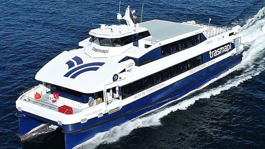 Rodman entrega el séptimo catamarán para Trasmapi