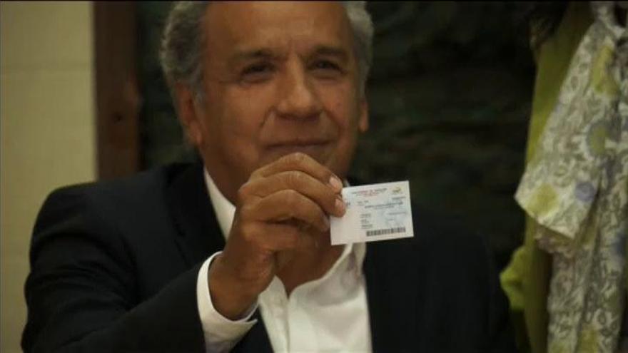 """El candidato de Correa gana las elecciones en Ecuador entre denuncias de """"fraude"""""""