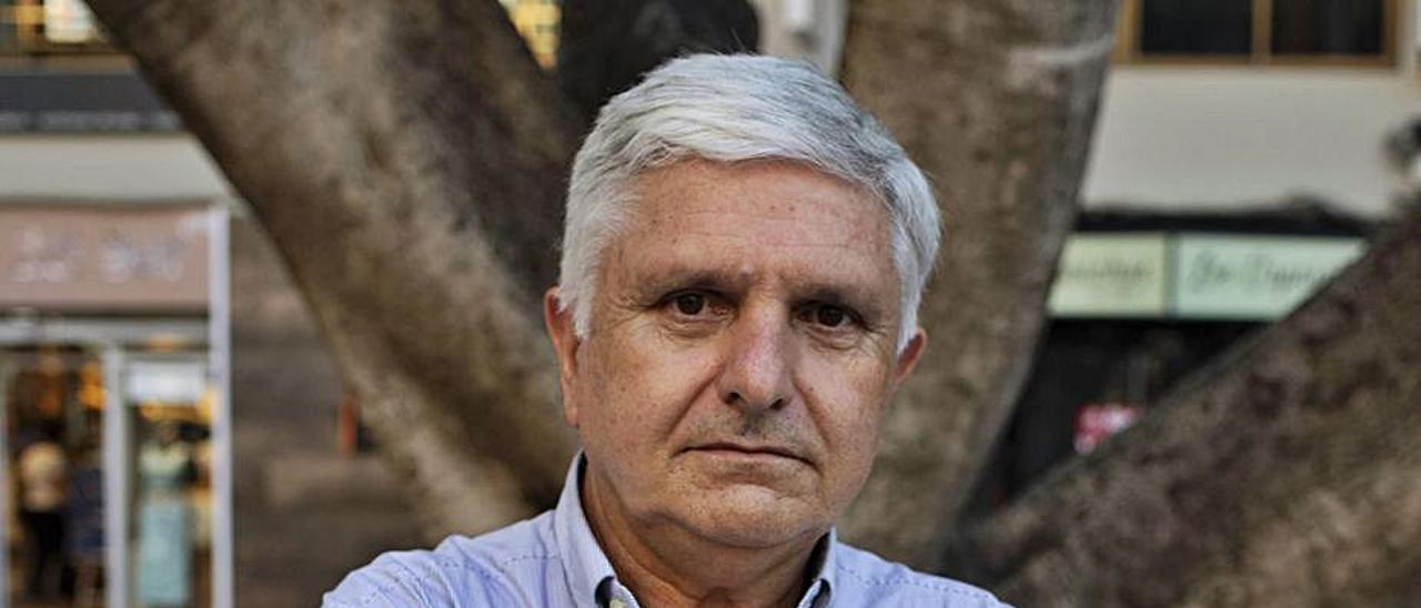 Bernardo Pascual, director de la cátedra, en Alzira. | PERALES IBORRA