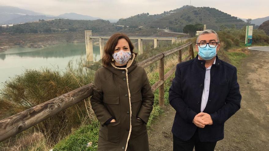 La nueva EDAR de La Viñuela permitirá usar agua regenerada para riego