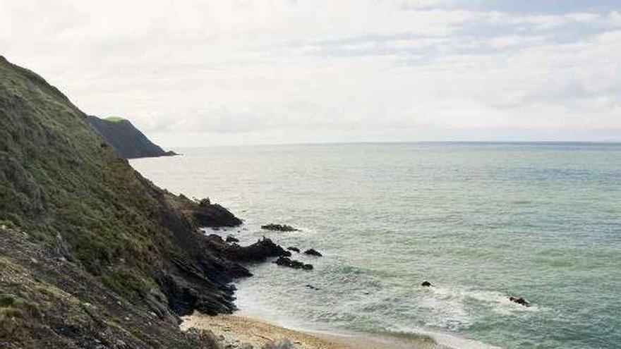 Una empresa plantea cambiar el acceso a la playa de Arra, hundido hace trece años