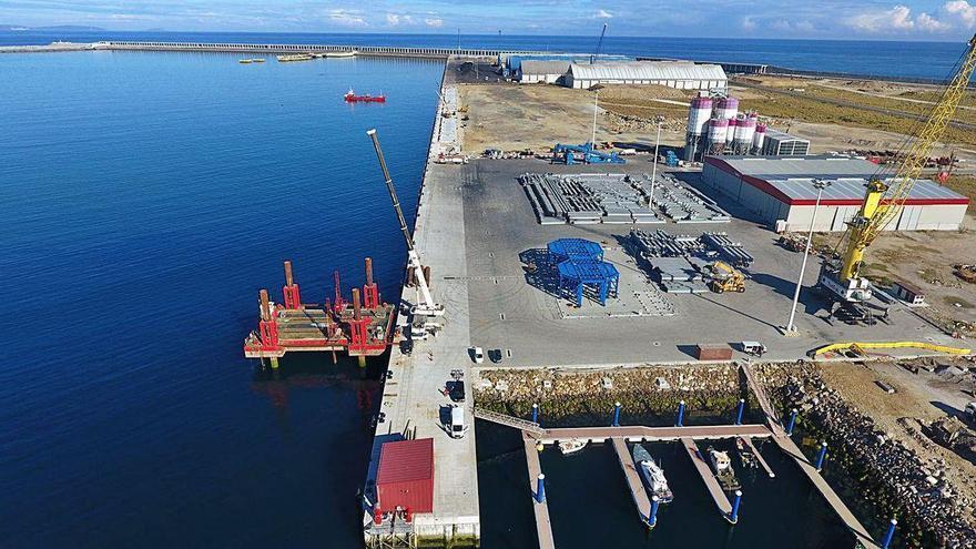 Pleno extraordinario en A Coruña para instar al Gobierno a financiar la conexión ferroviaria con el puerto exterior