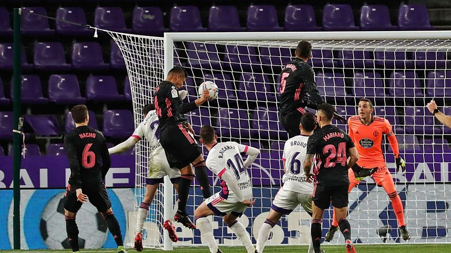 El Real Madrid acecha al líder