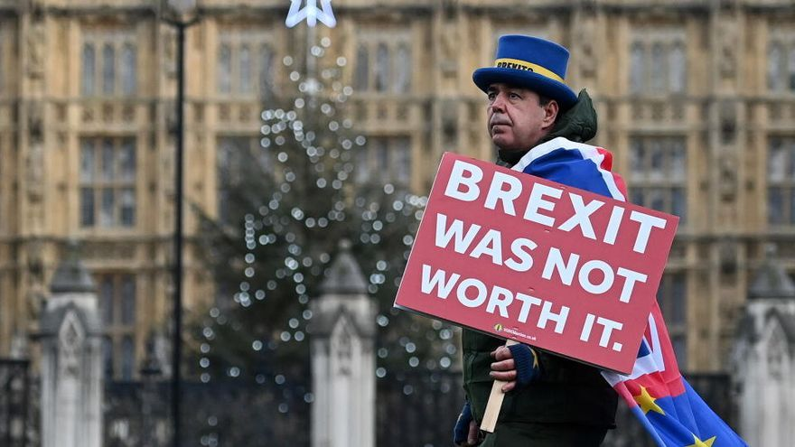 ¿Qué se necesita para viajar entre Reino Unido y la UE tras el Brexit?