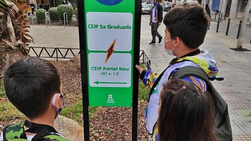 Ibiza comienza con el servicio de rutas a pie para alumnos de Sa Bodega y Sa Graduada