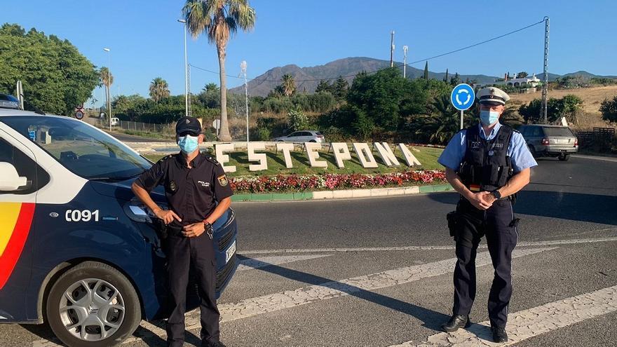 Un agente alemán se incorpora de forma temporal a las patrullas de la Policía Nacional en Estepona