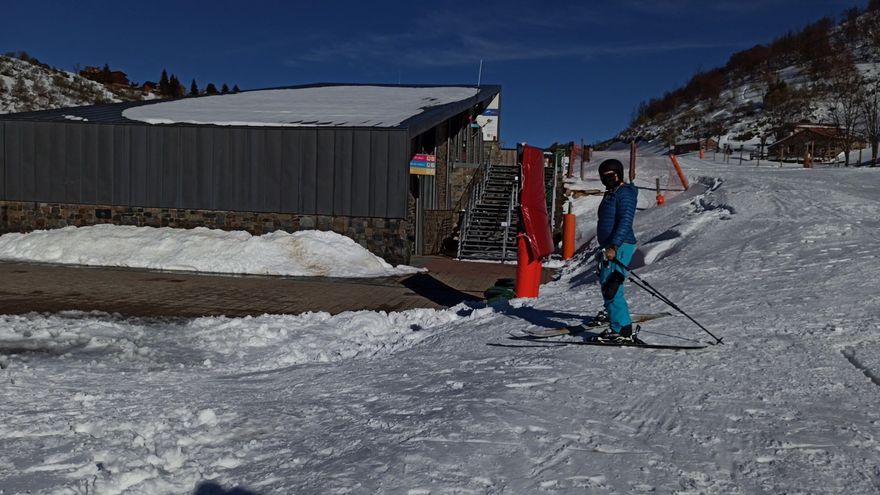 Así es el proceso de reserva en las estaciones de esquí de Asturias para evitar aglomeraciones