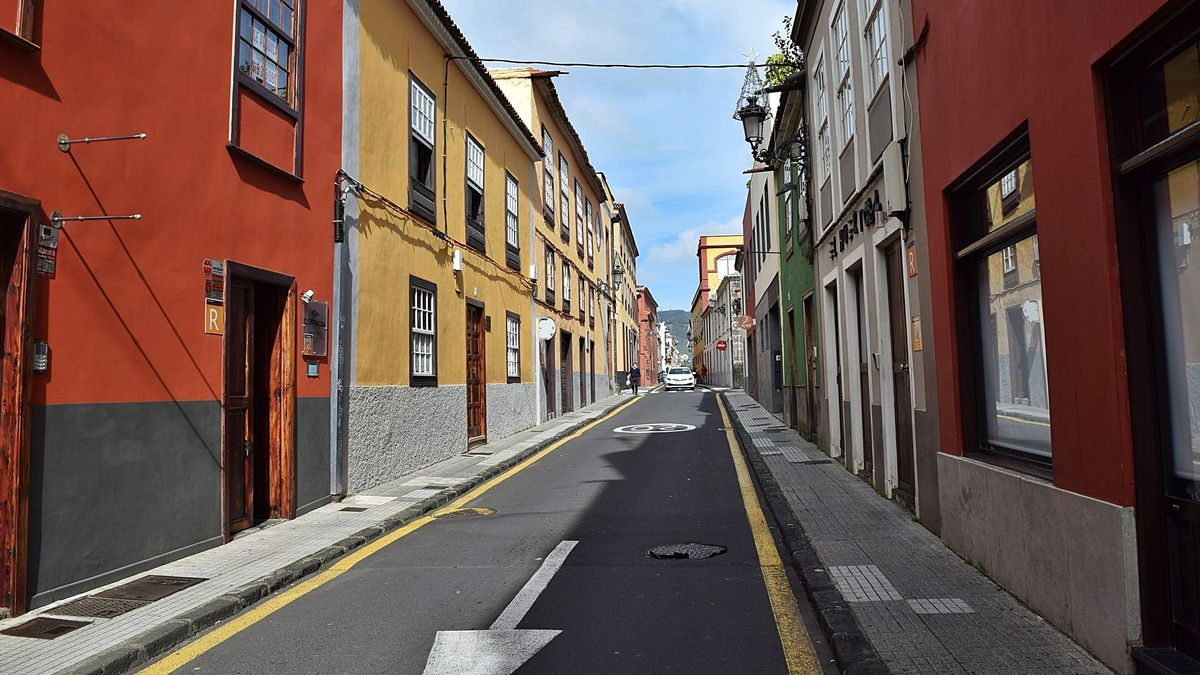 Imagen de la calle Tabares de Cala, donde se ubicará la casa de acogida Clemencia Hardisson para personas sin hogar.