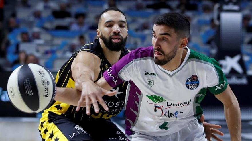 El Iberostar Tenerife, primer semifinalista de la Copa del Rey tras sorprender al Unicaja