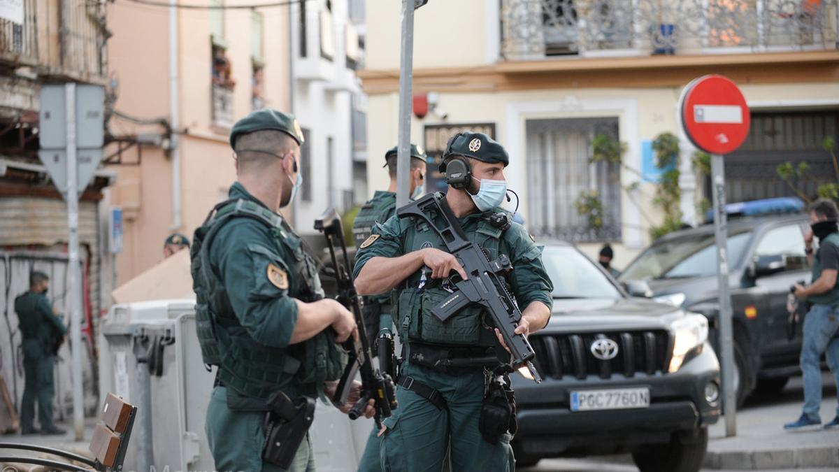 Las imágenes de la operación de la Guardia Civil en Lagunillas