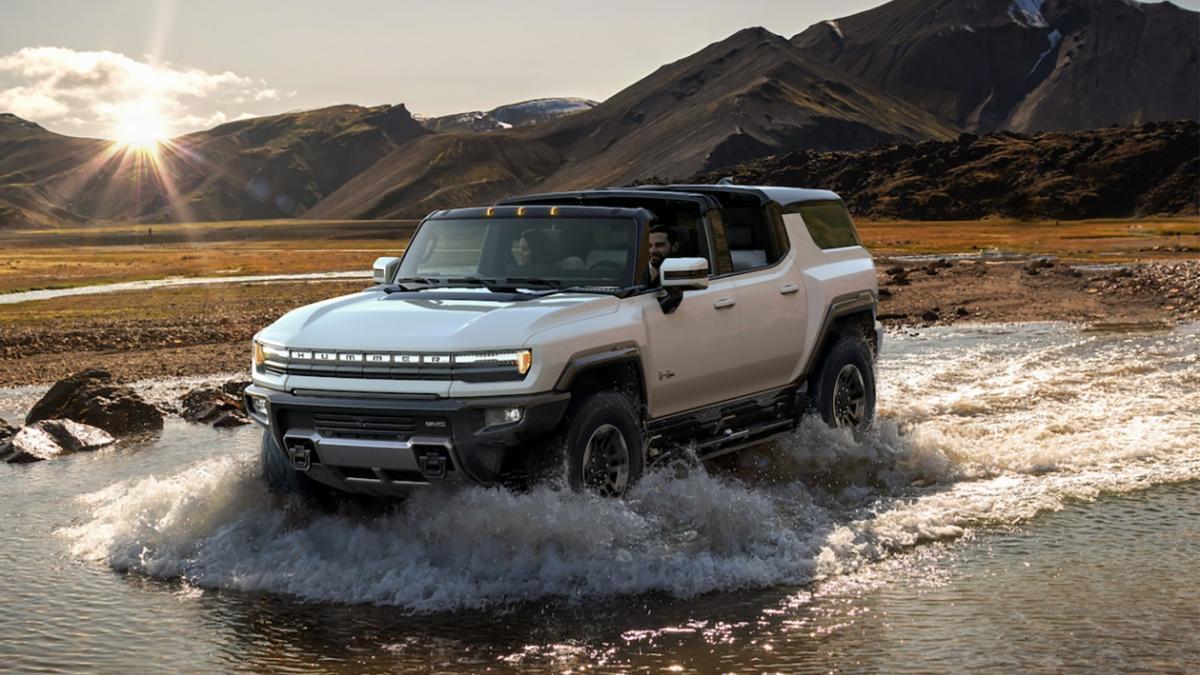 Después del pick-up, Hummer presenta un SUV eléctrico que llegará en 2023