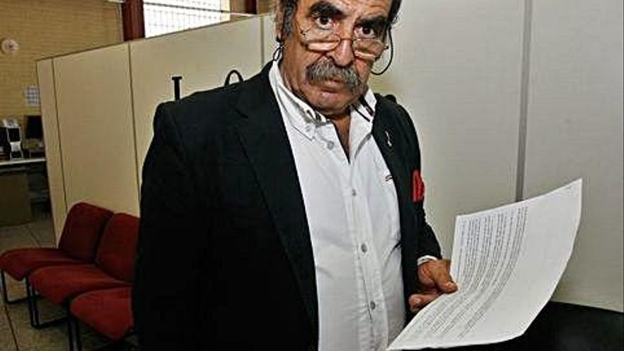 Cecilio Lera continúa como alcalde de Catroverde pese a la expulsión del PSOE
