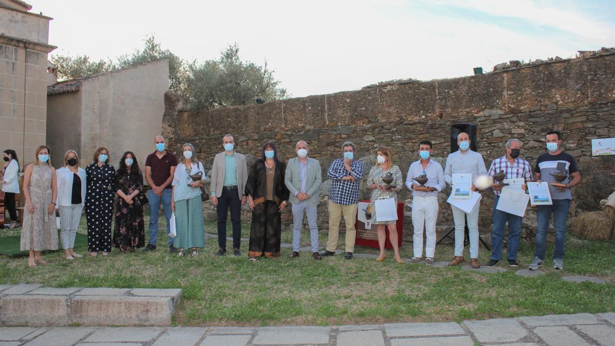 Arroyo de la Luz entrega los premios Candil de la Dehesa