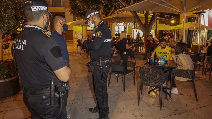 La Generalitat descarta un cierre de toda la Comunidad y aplicará restricciones de movilidad a los municipios más afectados