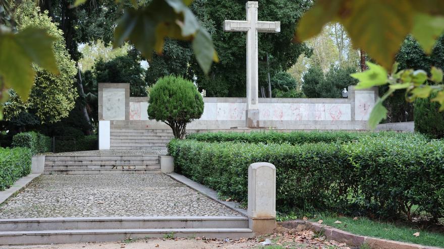 La Justicia paraliza la retirada de la cruz del Ribalta de Castelló