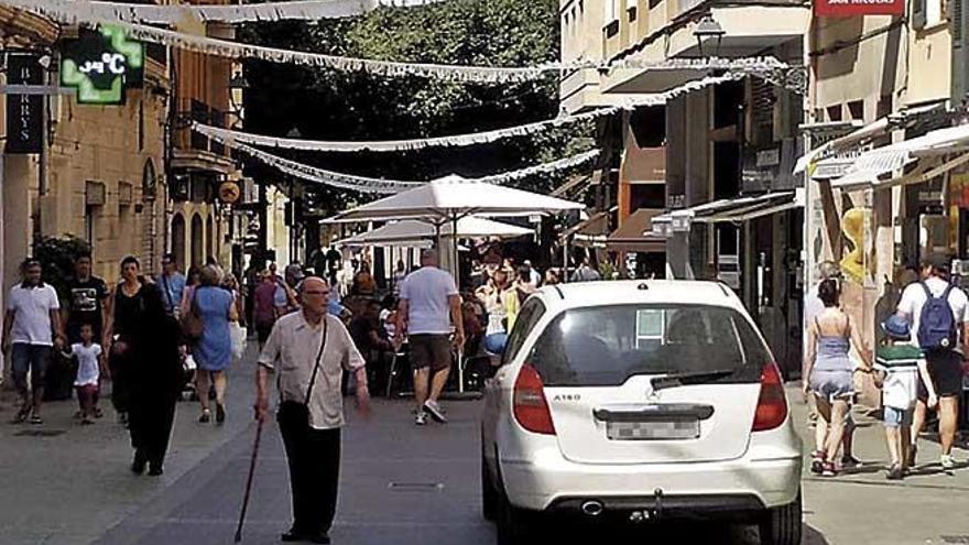 Ärger über Autos in Palmas Fußgängerzone