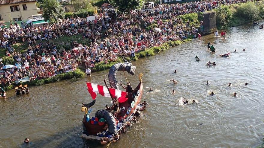 El PP pide en el Senado la declaración de fiesta de interés turístico nacional para el Descenso Folklórico del Nalón