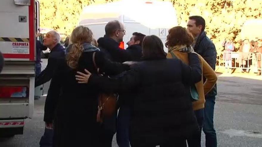 Las obras de Sijena llegan al monasterio después de salir de Lleida entre protestas
