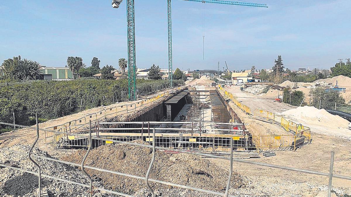 Las obras del tanque comenzaron en octubre