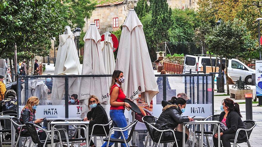 La hostelería de Vilagarcía confía al servicio a domicilio su salvavidas para resistir al cerrojazo