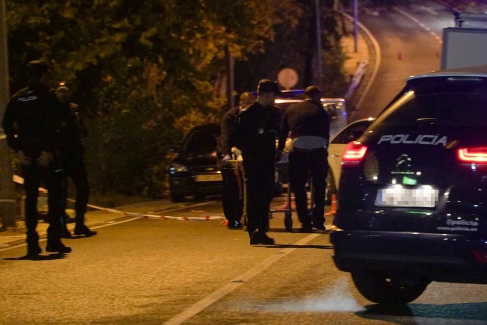 El crimen organizado deja cuatro muertos en ajustes de cuenta El 21 de enero, un hombre de 49 años es tiroteado en su coche en la urbanización Las Petunias, a las 03.25 horas. El 23 de septiembre, encuentran el cadáver de un hombre español de 39 años en el kilómetro 183 de la AP7. El 28 de octubre, hallan el cadáver de un hombre de 43 años tiroteado en un pinar de la carretera de Istán. El 3 de diciembre, dos sicarios ataviados con máscaras matan a un ciudadano francés, de unos 60 años, en Cabopino.