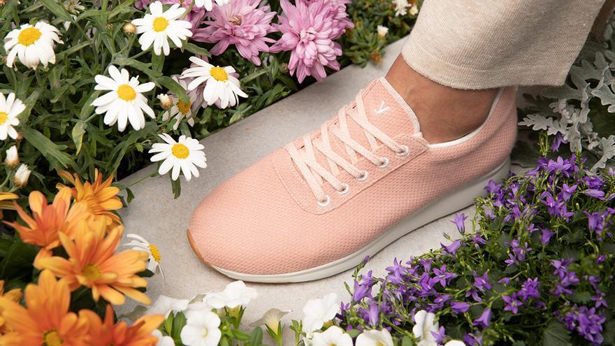 Las primeras zapatillas de bambú son españolas y prometen mejorar la vida de las personas mayores