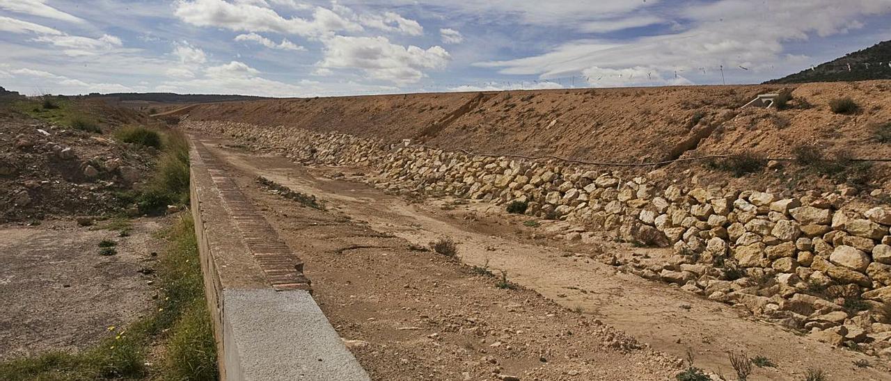 Lugar donde estaba la antigua estación de tren de la Font, derribada en mayo de 2002. | PERALES IBORRA
