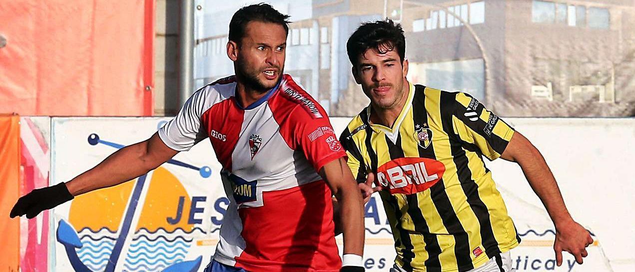 En el precedente de la primera vuelta la victoria cayó del lado vilagarciano por 0-2. |  // MARTA G. BREA