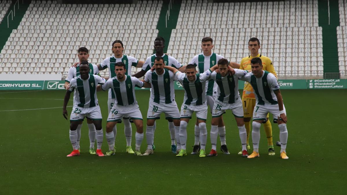 Equipo titular del Córdoba CF que se enfrentó este domingo al Tamaraceite, en El Arcángel.