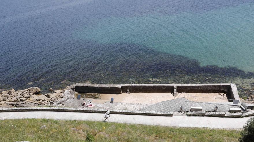 Baiona se queda un verano más sin hidromasaje marino gratuito