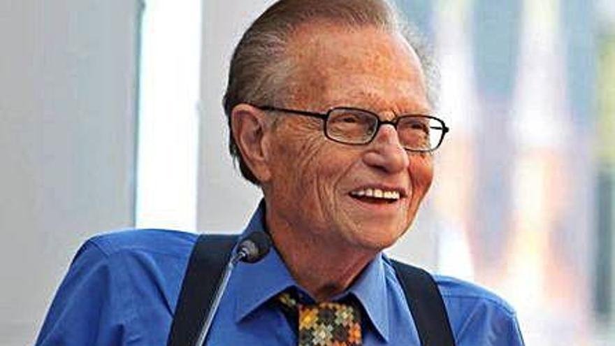 Mor el cèlebre presentador de televisió Larry King als 87 anys