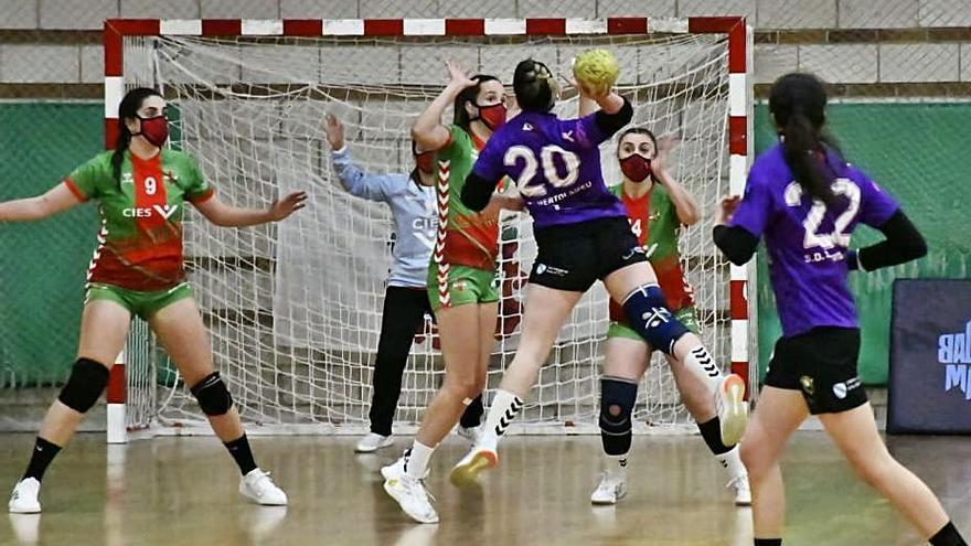 El Samertolaméu se asegura la segunda plaza tras ganar al Cíes Chapela