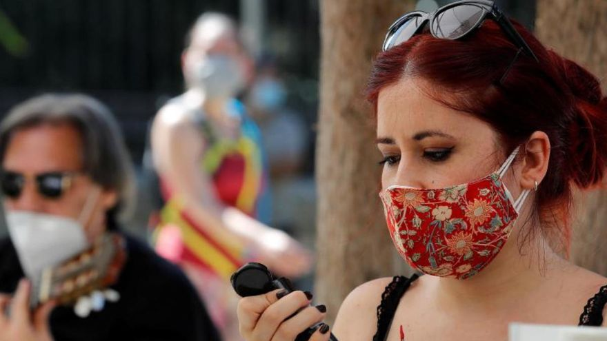 La Policía Local de La Oliva denuncia a 12 personas por no llevar mascarilla