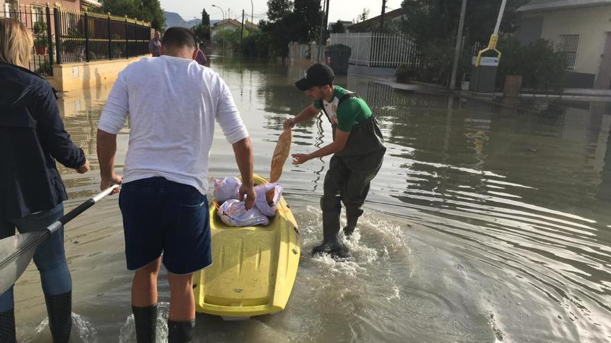 Caixabank establece un plan de ayudas para los afectados por las inundaciones